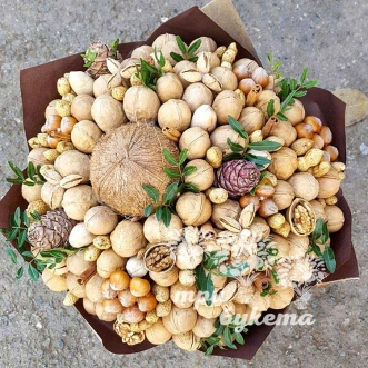 buket-iz-greckih-orehov-1-5-kg